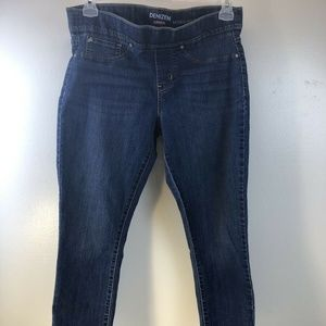 Levis Denizen Women's Straight Leg Modern Crop Jea